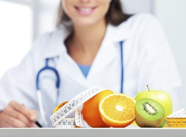 Чем поможет диетолог